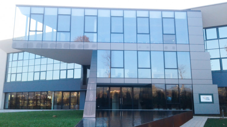 Lavori di ampliamento e ridefinizione dell'area uffici e sistemazioni degli spazi aperti-Forno d'Asolo spa